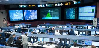 DATE: 5-25-12 LOCATION: Bldg. 30 - FCR-1 (30M/231)  SUBJECT: SpaceX Dragon capsule rendezvous and capture PHOTOGRAPHER: Lauren Harnett